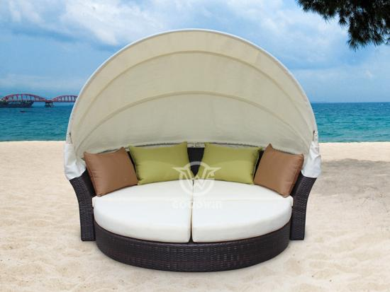 Round Daybed With Canopy